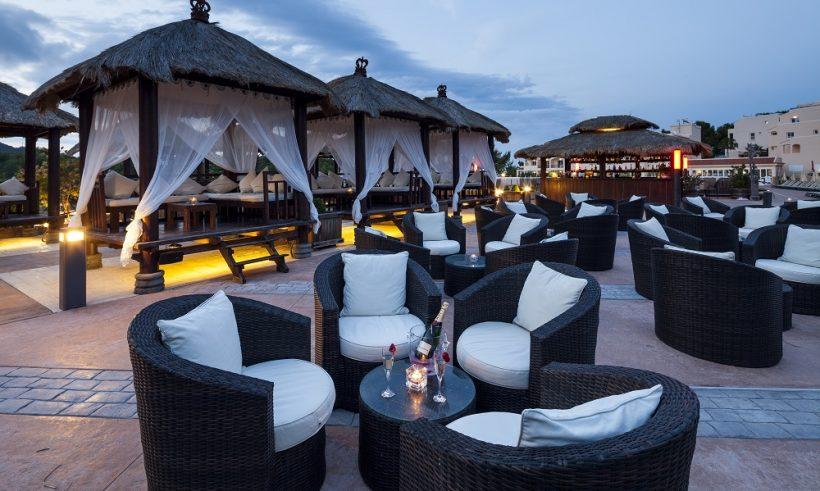 Invisa Figueral Resort bar