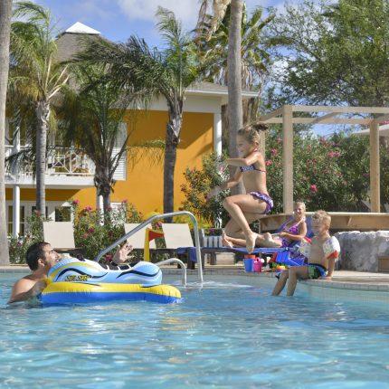 Chocogo zwembad - Curacao