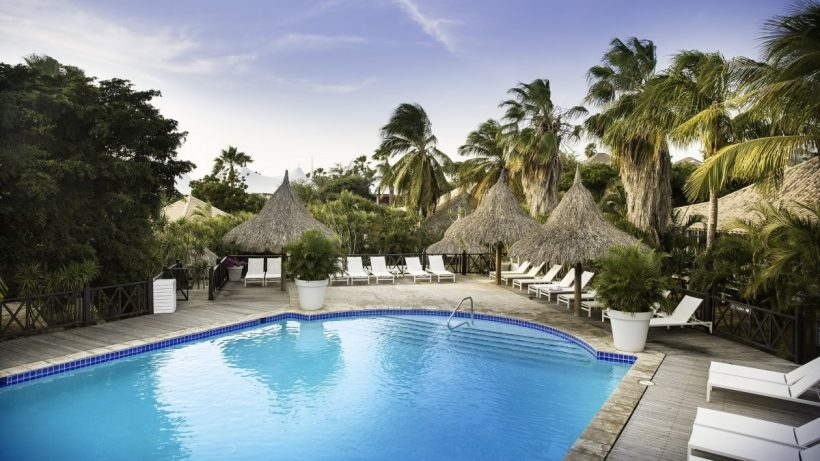 Zwembad Papagayo Beach Resort – Curacao