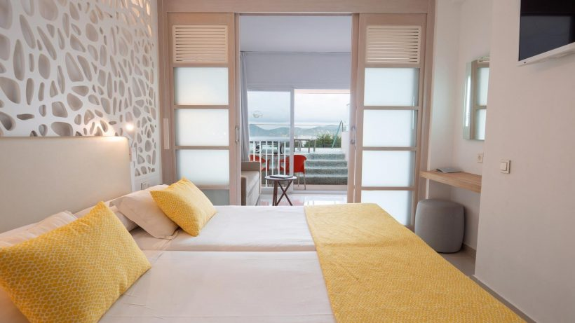 Kamer Sirenis Seaview Country Club – Ibiza