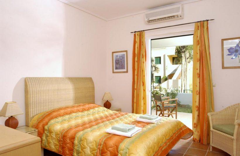 Slaapkamer La Riviera Barbati – Corfu